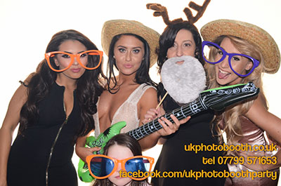 photo-booth-hire-bury-2